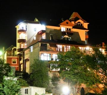 Spa centar Garetov konak,Prolom banja